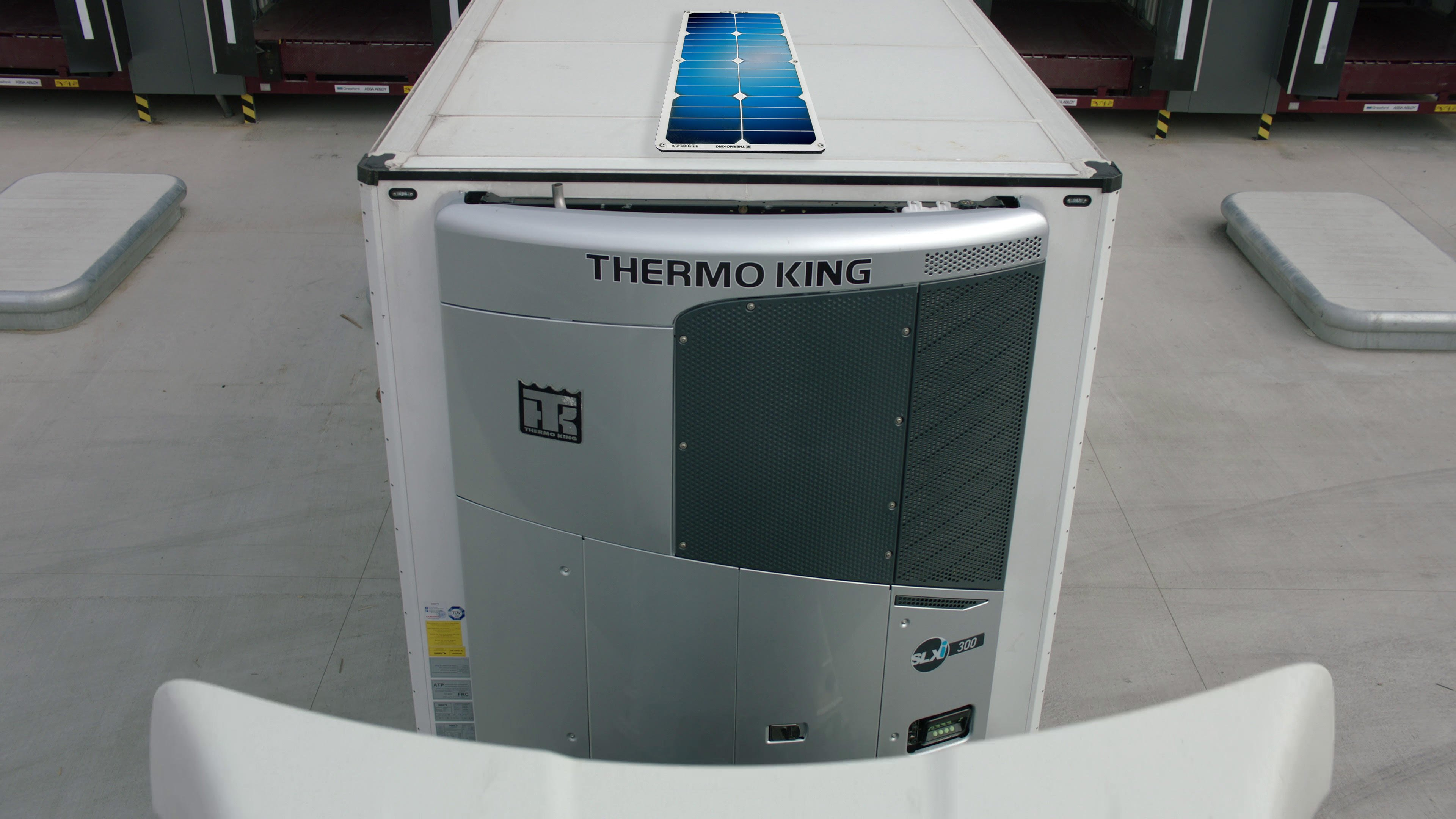 Solar Panels from Thermo King sustainable power management